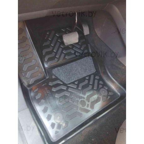 Коврики в салон Aileron на Ford Kuga II (13-) / Ford Escape (13-)