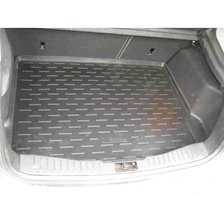 Коврик в багажник Aileron на Ford Focus III HB (2011-)